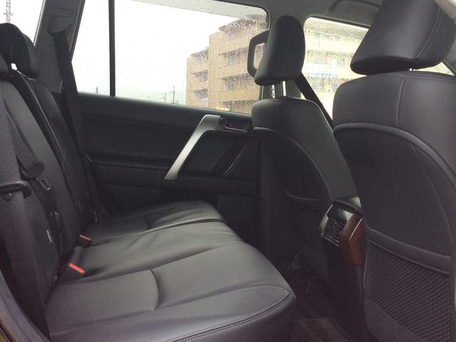 TX Lパッケージ 4WD 5人乗りSUV・キーフリー(19枚目)