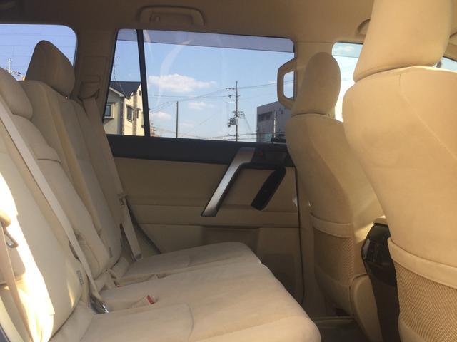 TX 4WD SUV・7人乗り・キーフリー・オートエアコン(18枚目)