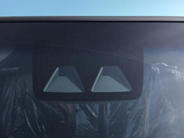 XリミテッドII SAIII キーレス LEDヘッドランプ バックカメラ付 スマートキー オートエアコン アイドルストップ イモビライザー シートヒーター付 緊急ブレーキ ベンチシート ABS(2枚目)