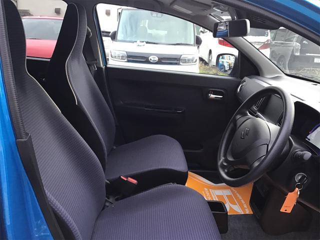 運転席は必ず使用する部分ですので、座り心地が重要です!ぜひ一度体感してください!!