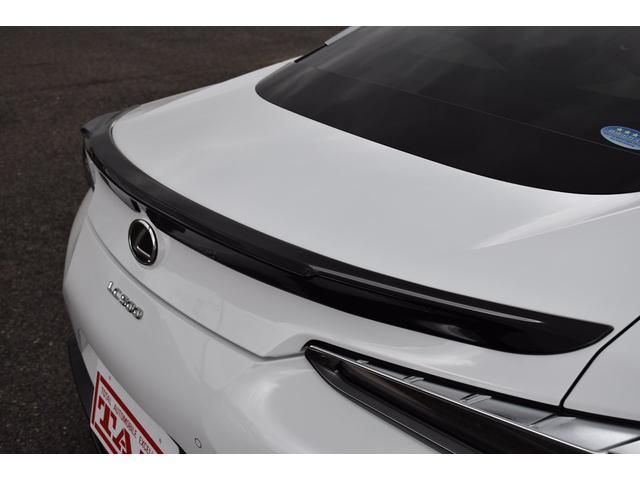 LC500 Lパッケージ TRDフルエアロ・三眼ヘッドライト・ETC2.0・パドルシフト・トランクスポイラー・メーカーナビ(6枚目)