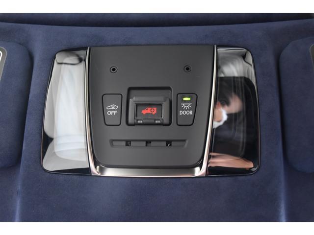 LC500 Lパッケージ TRDフルエアロ・三眼ヘッドライト・ETC2.0・パドルシフト・トランクスポイラー・メーカーナビ(15枚目)