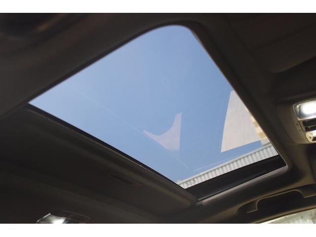 スバル WRX S4 スポルヴィータ 500台限定 サンルーフ TEIN車庫調
