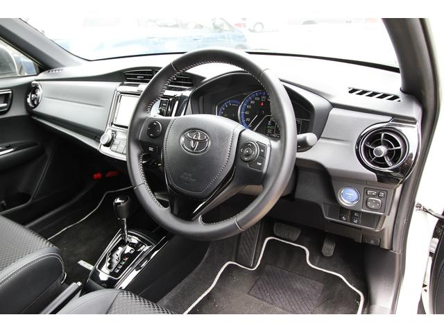トヨタ カローラフィールダー ハイブリッドGWXBTRDエアロセーフティセンスCメーカナビ