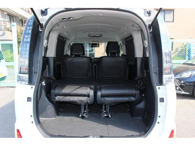 トヨタ ヴォクシー ZS アルミホイール 両側電動 キーフリー シートヒーター