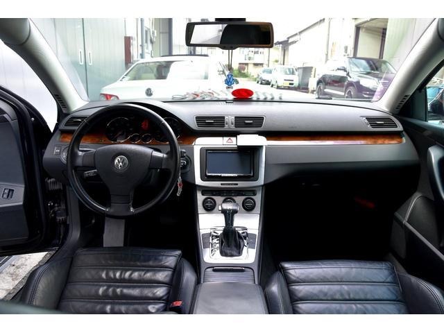 「フォルクスワーゲン」「VW パサートヴァリアント」「ステーションワゴン」「大阪府」の中古車3