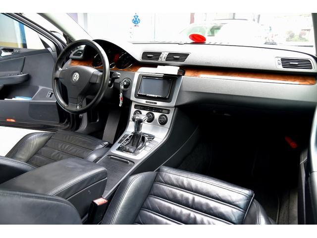 「フォルクスワーゲン」「VW パサートヴァリアント」「ステーションワゴン」「大阪府」の中古車43