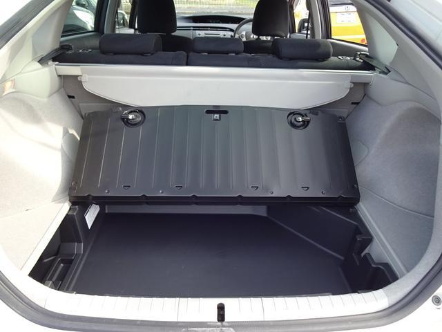 トヨタ プリウス S 後期LEDライン  全国1年保証