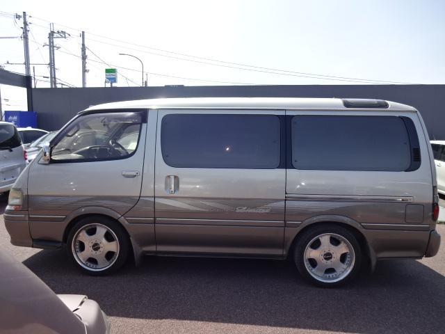 トヨタ ハイエースワゴン スーパーカスタムリミテッド 3ムーンルーフ ディーゼル