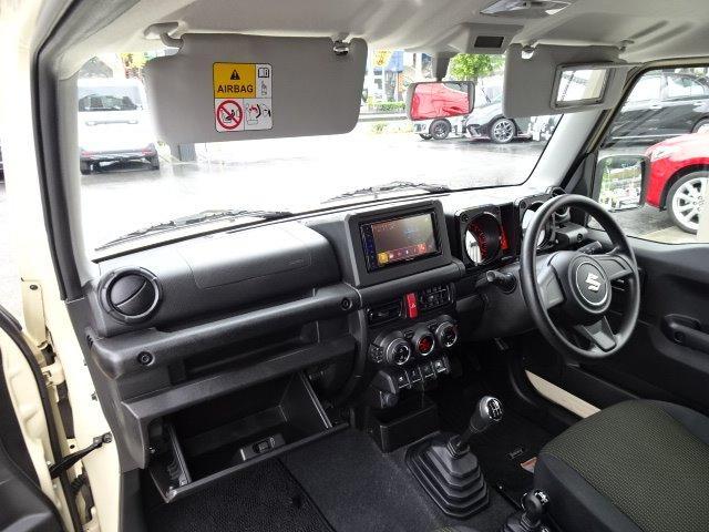 XL ワンオーナー 純正ディスプレイオーディオ CD再生機能 DVD再生機能 Bluetoothオーディオ スマートキー プッシュスタート 前席シートヒーター 自動格納ミラー ドライブレコーダー(19枚目)