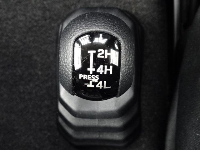 XL ワンオーナー 純正ディスプレイオーディオ CD再生機能 DVD再生機能 Bluetoothオーディオ スマートキー プッシュスタート 前席シートヒーター 自動格納ミラー ドライブレコーダー(23枚目)