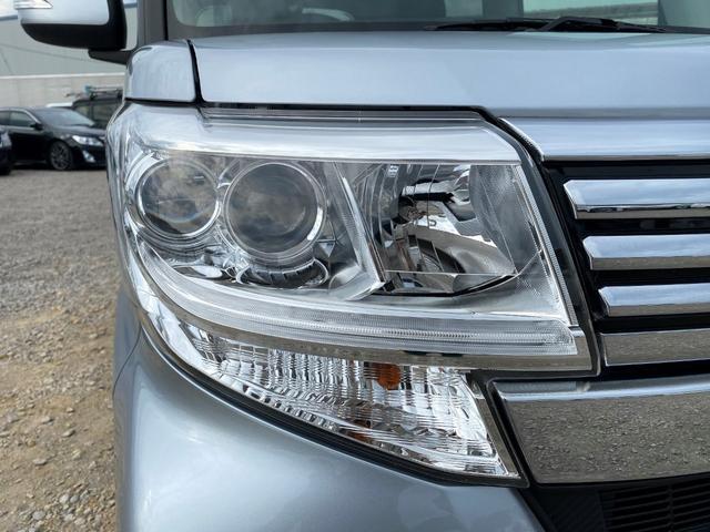 カスタムX SAIII 1オーナー 左側パワスラ SDナビ フルセグTV バックカメラ スマートキー2個 ドライブレコーダー LEDヘッドライト フォグライト シートヒーター 純正14インチAW ステアリングスイッチ(11枚目)