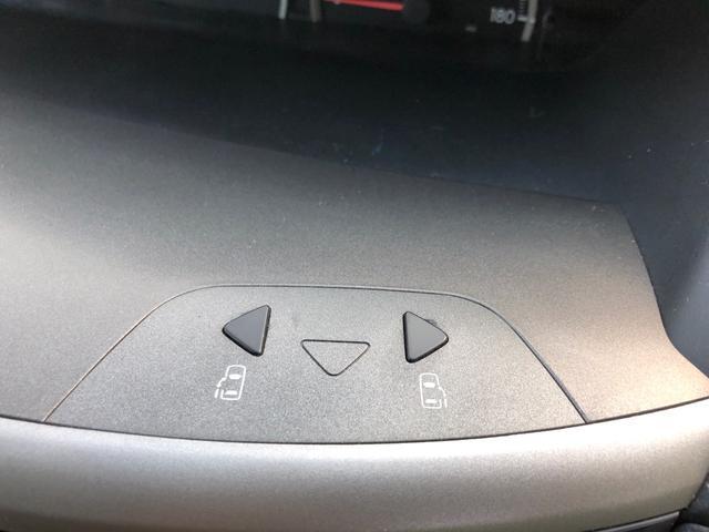 トヨタ ヴォクシー X 両側PSドア 2年間走行距離無制限保障