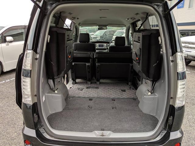 低走行車は内装がキレイ☆とっても清潔な車内です☆もちろんキレイにクリーニング済み☆嫌な臭いなども無く気持ち良くお乗りいただけます☆