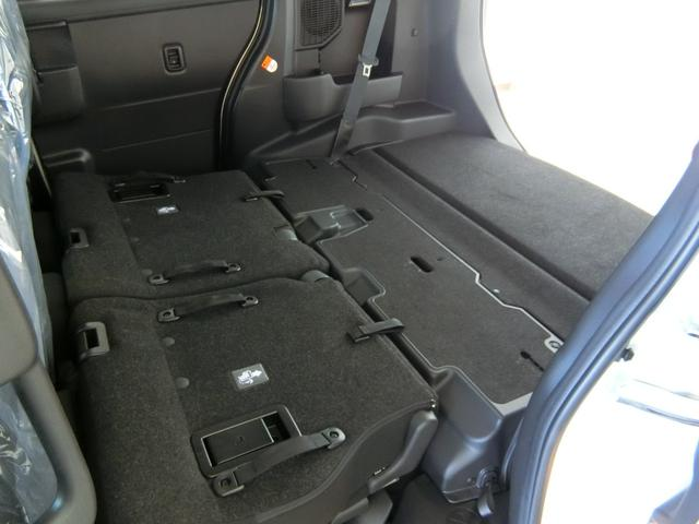 カスタムG リミテッドII SAIII 衝突被害軽減ブレーキ 横滑り防止装置 オートマチックハイビーム アイドリングストップ 両側電動スライドドア ステアリングスイッチ クルーズコントロール オートライト 革巻きハンドル キーフリーシステム(11枚目)
