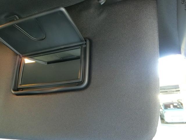 カスタムRSセレクション 衝突被害軽減ブレーキ 横滑り防止装置 オートマチックハイビーム アイドリングストップ 両側電動スライドドア 純正ディスプレイオーディオ パークアシスト クルーズコントロール 革巻きハンドル LED(30枚目)