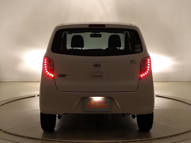 X 純正CDチューナー キ-レス セキュリティーアラ-ム アウトレット中古車 運転席/助手席エアバック マニュアルエアコン 電動格納ドアミラー アイドリングストップ(37枚目)