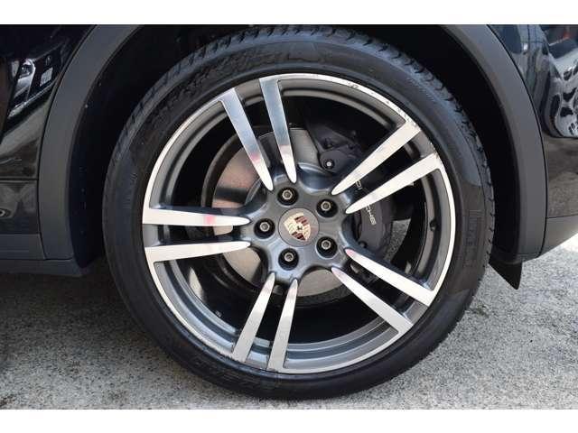 ティプトロニックS 4WD 黒革 SR スポーツエギゾースト(20枚目)