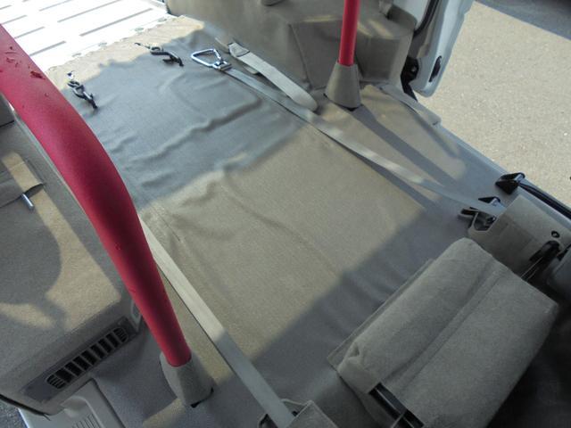 車いす移動車 補助席付 電動固定 社外メモリーナビ(18枚目)