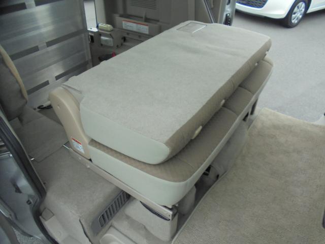 車いす移動車 福祉車両 ABS 社外ナビ 両側スライドドア(13枚目)