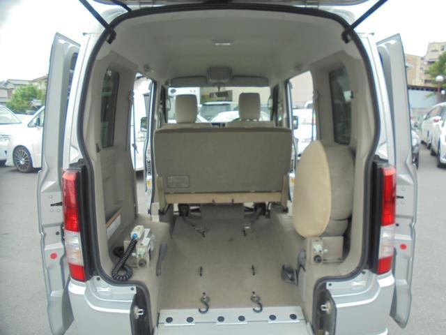 車いす移動車 福祉車両 ABS 社外ナビ 両側スライドドア(14枚目)