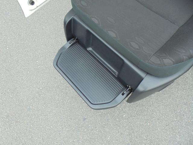 X 助手席リフトアップシートA 福祉車両 社外ナビ ETC(12枚目)