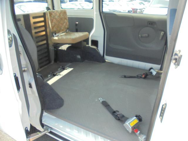 DX 車いす一基乗車 補助席付パワーウインドウ(16枚目)