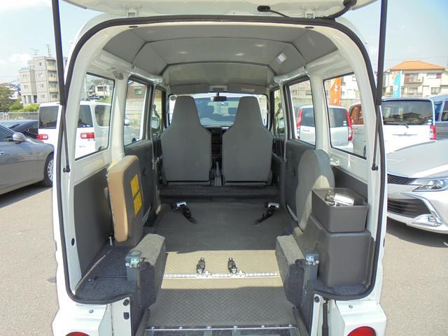 DX 車いす一基乗車 補助席付パワーウインドウ(17枚目)
