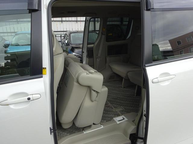 「トヨタ」「ノア」「ミニバン・ワンボックス」「大阪府」の中古車42