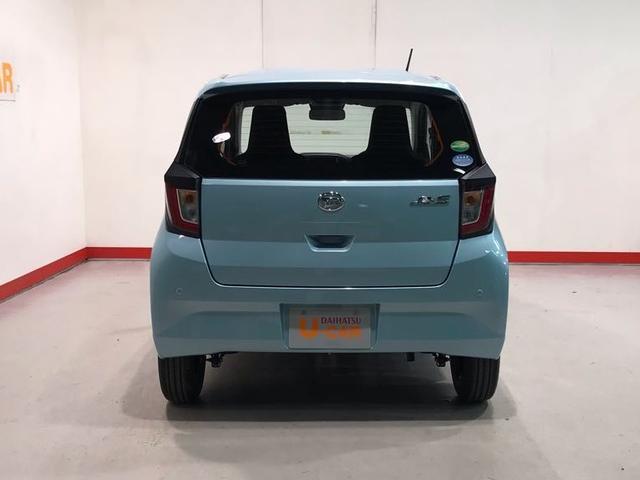 L SA3 届出済未使用車・スマアシ3・VSC・キーレスエントリー・セキュリティアラーム・オートライト&オートハイビーム・アイドリングストップ・ABS・フロント/リヤコーナーセンサー(4枚目)
