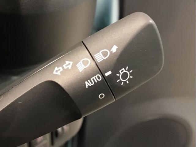 L SA3 届出済未使用車・スマアシ3・VSC・キーレスエントリー・セキュリティアラーム・オートライト&オートハイビーム・アイドリングストップ・ABS・フロント/リヤコーナーセンサー(9枚目)