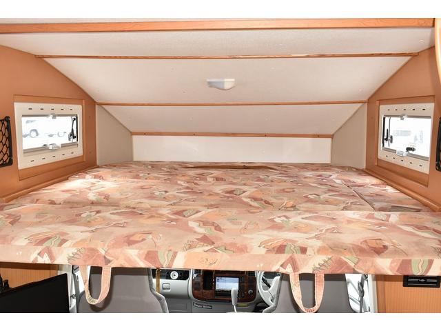 トヨタ カムロード グローバル ユーロスター 温水ボイラー 常設2段ベッド