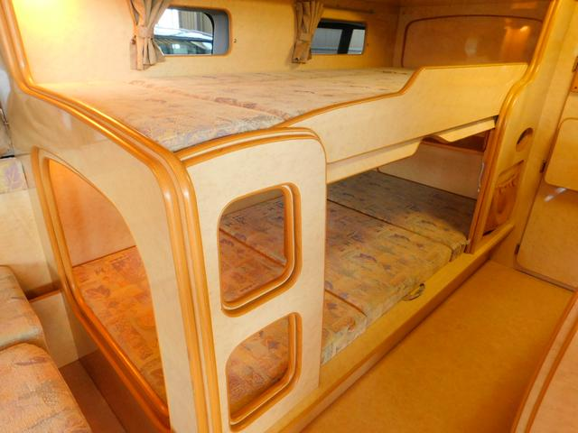 トヨタ ハイエースバン ノースライフ 大地ヤマト 常設二段ベッド FFヒーター