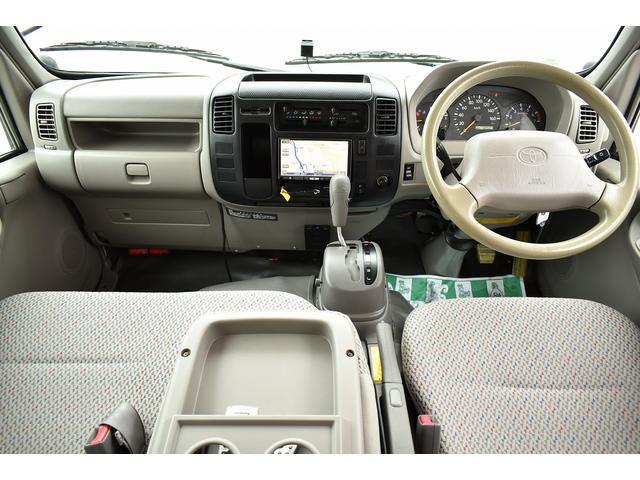 トヨタ カムロード ナッツRV クレソン 常設二段ベッド シンク 冷蔵庫
