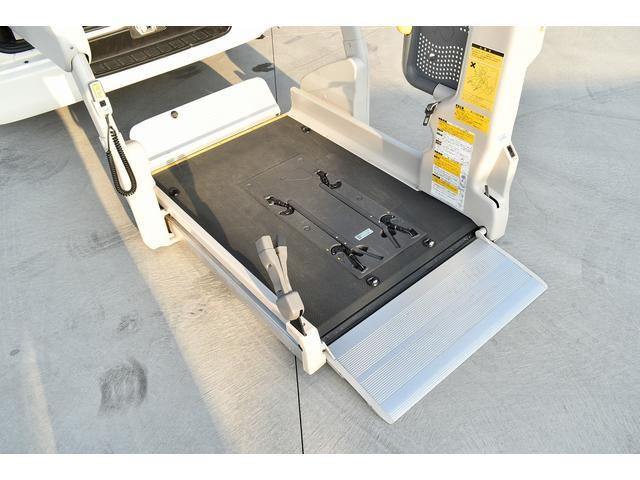 H24レジアスエース ウェルキャブ  車椅子仕様車Bタイプ入庫致しました!第三者機関にて鑑定済み!安心してお乗り頂けます。お客様のご来店を心よりお待ちしております!