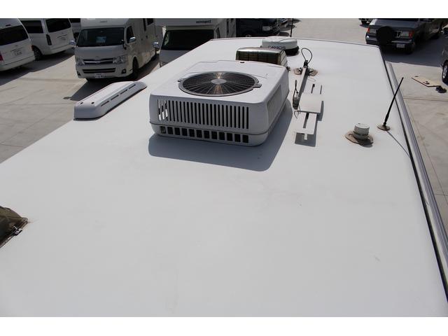 ウィネベーゴ ウィネベーゴ ニートRV アスペクト ルーフエアコン 発電機 オーニング