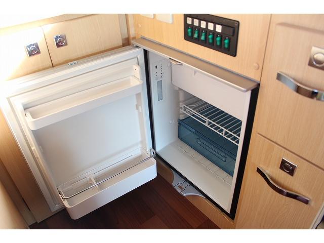 ナッツRV クレソンボヤージュR ツインサブ 冷蔵庫(16枚目)