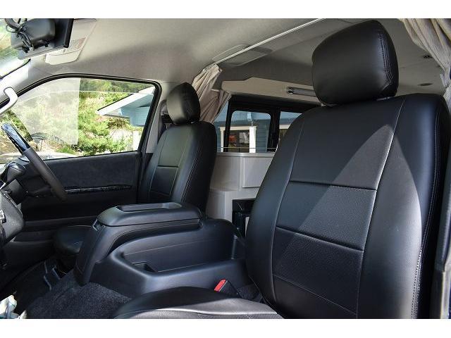 ナッツRV トライアル 4WD ツインサブ FFヒーター 400W、1500Wインバーター マックスファン ソーラーパネル 冷蔵庫 シンク 架装部TV 地デジアンテナ リアヒーター リアクーラー ミラー型モニター(14枚目)