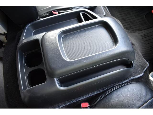 ナッツRV トライアル 4WD ツインサブ FFヒーター 400W、1500Wインバーター マックスファン ソーラーパネル 冷蔵庫 シンク 架装部TV 地デジアンテナ リアヒーター リアクーラー ミラー型モニター(30枚目)