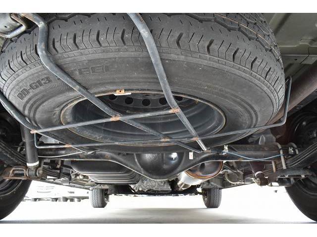 ナッツRV トライアル 4WD ツインサブ FFヒーター 400W、1500Wインバーター マックスファン ソーラーパネル 冷蔵庫 シンク 架装部TV 地デジアンテナ リアヒーター リアクーラー ミラー型モニター(66枚目)
