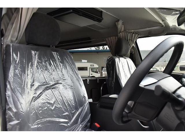 リノタクミ DS-Lスタイル トヨタセーフティセンス スマートキー パワースライドドア LEDヘッドライト シンク 冷蔵庫 レザーシート加工 15インチフリップダウンモニター ナビ切替スイッチ 運転席・助手席コの字カーテン(14枚目)