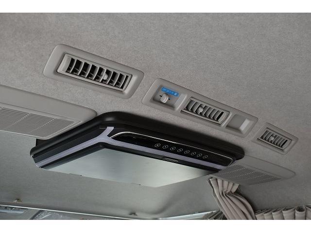 リノタクミ DS-Lスタイル トヨタセーフティセンス スマートキー パワースライドドア LEDヘッドライト シンク 冷蔵庫 レザーシート加工 15インチフリップダウンモニター ナビ切替スイッチ 運転席・助手席コの字カーテン(30枚目)