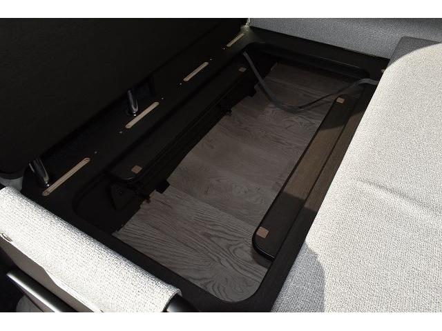 リノタクミ DS-Lスタイル トヨタセーフティセンス スマートキー パワースライドドア LEDヘッドライト シンク 冷蔵庫 レザーシート加工 15インチフリップダウンモニター ナビ切替スイッチ 運転席・助手席コの字カーテン(48枚目)