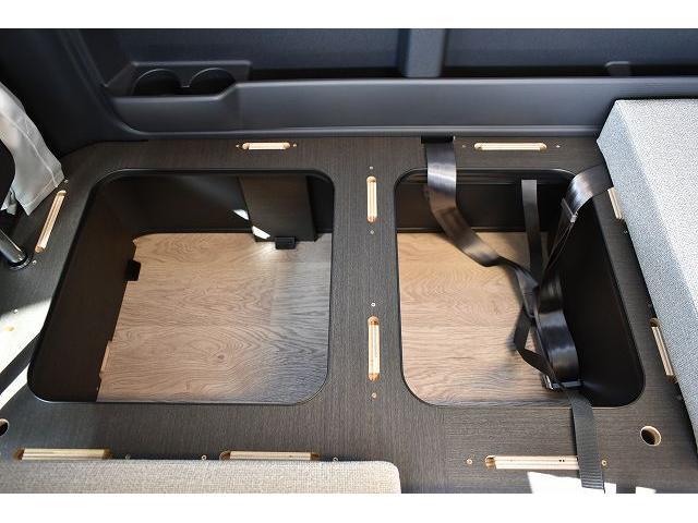 リノタクミ DS-Lスタイル トヨタセーフティセンス スマートキー パワースライドドア LEDヘッドライト シンク 冷蔵庫 レザーシート加工 15インチフリップダウンモニター ナビ切替スイッチ 運転席・助手席コの字カーテン(50枚目)