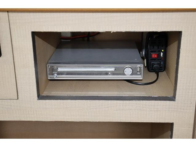 ワークVOX オリジナル ツインサブ シンク 500Wインバーター 走行充電 外部電源 網戸2枚 テーブル 社外HDDナビ フルセグ バックカメラ ETC HID パワースライドドア キーレス 乗車10人 就寝3人(30枚目)