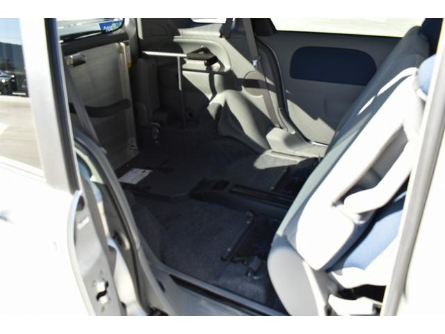 トヨタ シエンタ X 車いす仕様車 タイプ1 乗車6名 車椅子1基