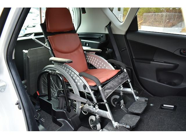 ワンオーナー スロープ 車椅子1基 後退防止ベルト 純正ナビ(5枚目)