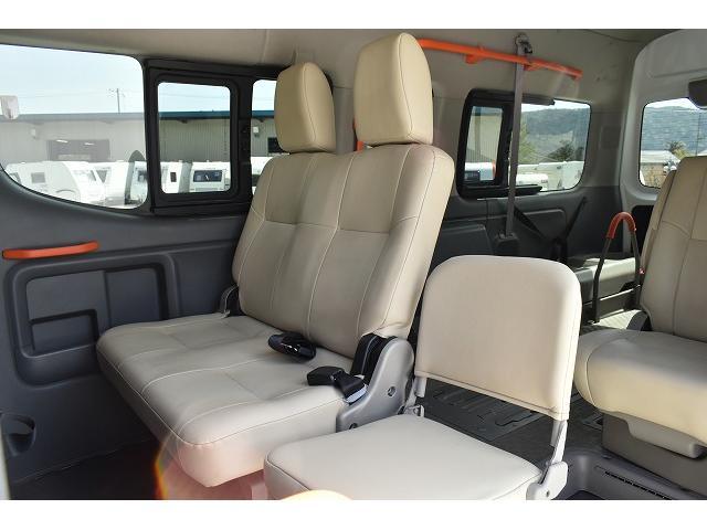 福祉車両 リアリフト 車椅子2基 電動固定装置 HID(13枚目)