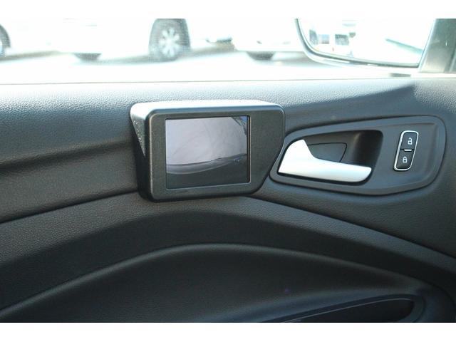 フォード フォード クーガ タイタニアム ナビ サンルーフ 黒革 パワーバックドア