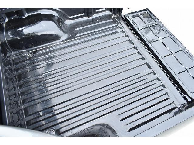 ダブルキャブ ワイド オプションメッキホイール 4WD(16枚目)